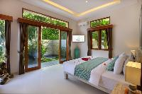 bright and breezy Bali - Legian Villa Holliday luxury apartment