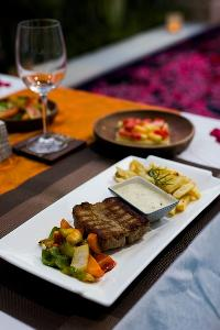 delectable dishes served at Bali - Legian Villa Holliday luxury apartment