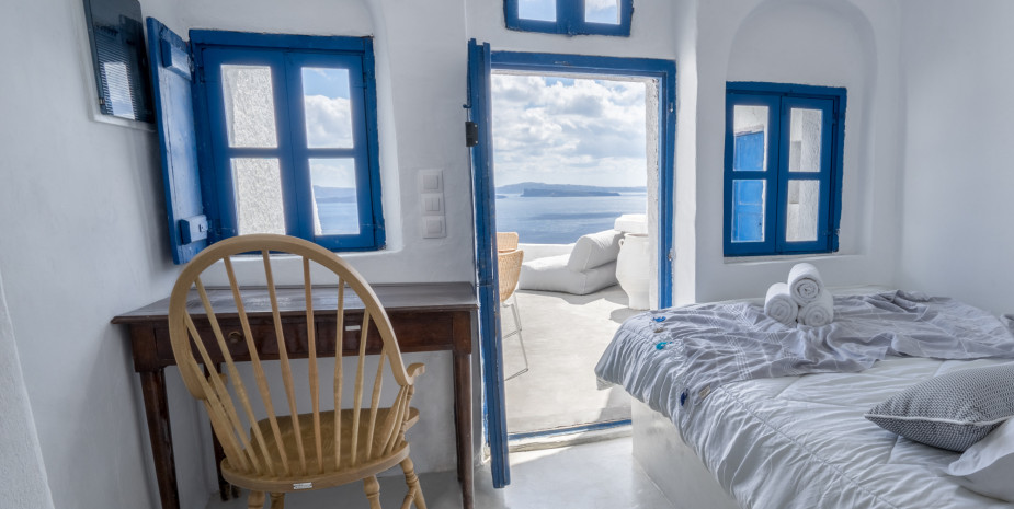 Greece - Santorini Azure Suite