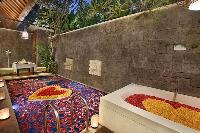fantastic outdoor bathtub in Bali - Legian Ini Vie Villa 2BR luxury apartment