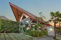 impressive architecture of Bali - Legian Ini Vie Villa 2BR luxury apartment