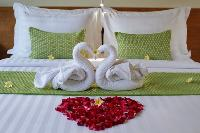 pristine bed sheets and pillows in Bali - Legian Ini Vie Villa 2BR luxury apartment