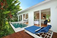 fabulous swimming pool and deck of Bali - Aleva Villa Seminyak luxury apartment