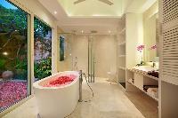 cool access to the patio of Bali - Aleva Villa Seminyak luxury apartment