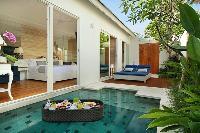 awesome Bali - Aleva Villa Seminyak luxury apartment