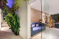 airy and sunny Bali - Aleva Villa Seminyak luxury apartment