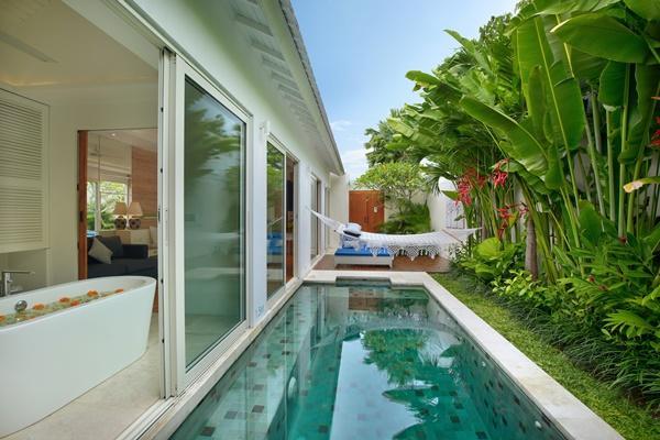 amazing swimming pool of Bali - Aleva Villa Seminyak luxury apartment