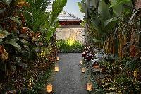 amazing garden of Bali - Legian Kriyamaha Villa 3 luxury apartment