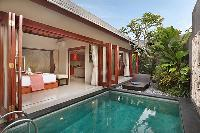 impressive pool access from the bedroom of Bali - Legian Kriyamaha Villa 3 luxury apartment