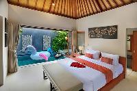 lovely bedroom in Bali - Legian Kriyamaha Villa 3 luxury apartment