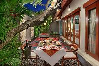 unforgettable alfresco dinners at Bali - Legian Kriyamaha Villa 3 luxury apartment
