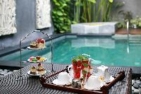 awesome poolside of Bali - Legian Kriyamaha Villa 3 luxury apartment