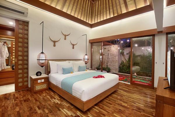 Bali - Seminyak Aksari Villa