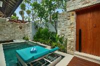 amazing Bali - Seminyak Aksari Villa luxury apartment