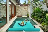 awesome pool of Bali - Seminyak Aksari Villa luxury apartment