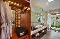 clean and fresh bathroom in Bali - Seminyak Aksari Villa luxury apartment