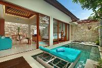 awesome Bali - Seminyak Aksari Villa luxury apartment