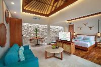 chic and charming Bali - Seminyak Aksari Villa luxury apartment