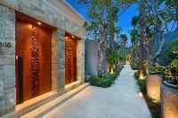 enthralling Bali - Seminyak Aksari Villa luxury apartment