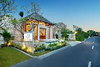 magnificent exterior of Bali - Seminyak Aksari Villa luxury apartment