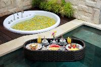 cool poolside of Bali - Seminyak Aksari Villa luxury apartment