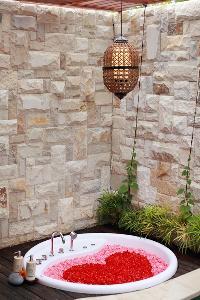 delightful accents in Bali - Seminyak Aksari Villa luxury apartment