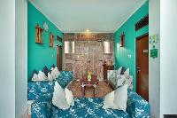 cool walls of Bali - The Vie Villa luxury apartment