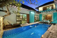 relaxing swimming pool of Bali - The Vie Villa luxury apartment