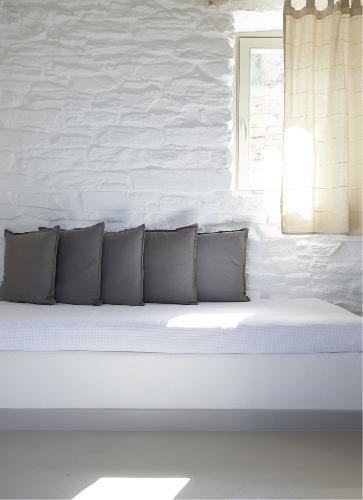 nice Greece Ioulida Honeymoon Suite luxury holiday home, vacation rental