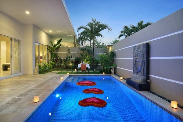 amazing swimming pool of Bali Cosy Villa Silver luxury apartment