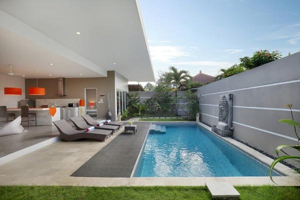 awesome swimming pool of Bali Cosy Villa Silver luxury apartment