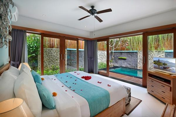 awesome interiors of Bali - Lacasa Villa 3BR luxury apartment