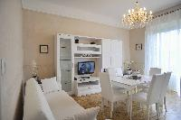 chic Bellagio - Deluxe Apartment with Balcony luxury home and vacation rental