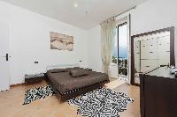 spacious Bellagio - Villa 800 luxury apartment