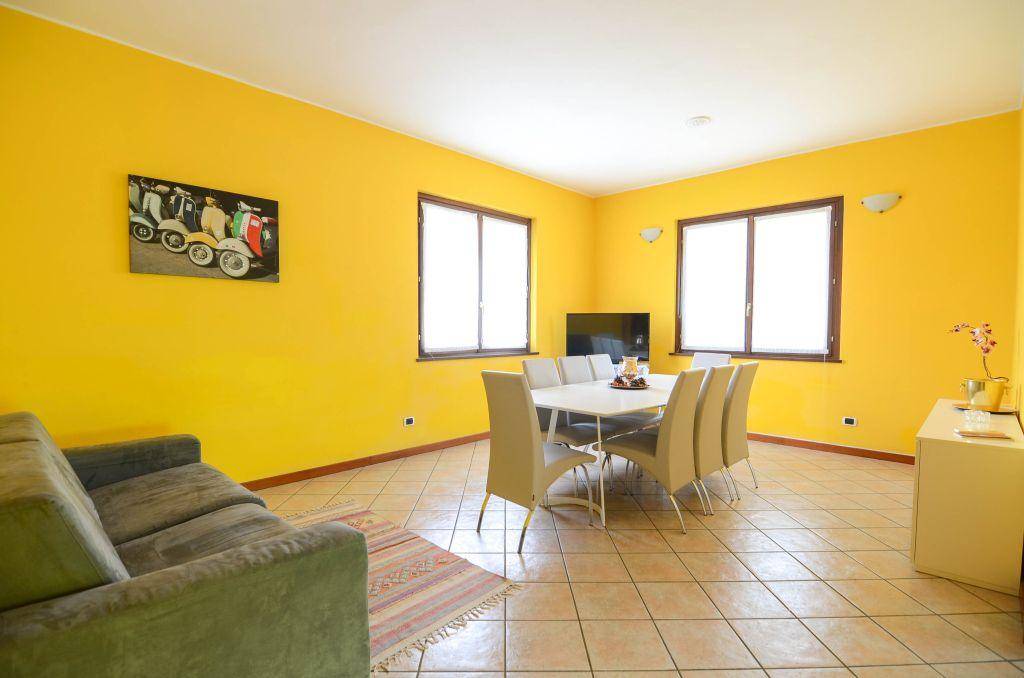 delightful Bellagio - Family Villa Parco luxury apartment and vacation rental