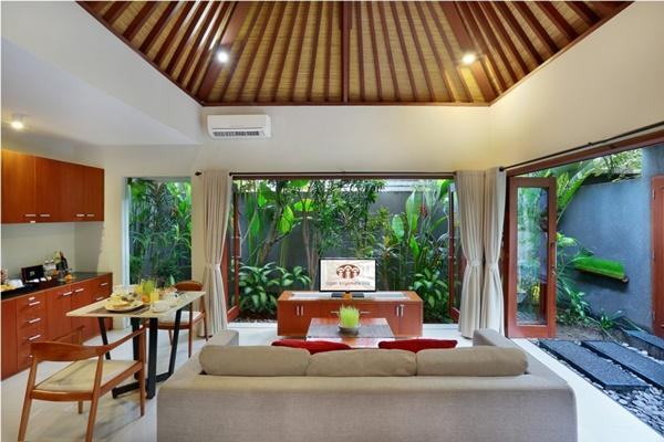 amazing ceiling of Bali - Legian Kriyamaha Villa 7 luxury apartment