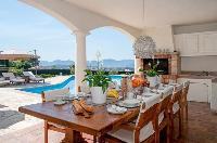 awesome outdoor dining at Cannes Villa Panoramique luxury apartment
