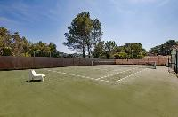 cool lawn tennis court in Cannes Villa Panoramique luxury apartment