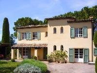 nifty Cannes Villa Ste Genevieve luxury apartment and holiday home