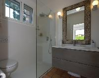 dapper bathroom of Cannes Villa Ste Genevieve luxury apartment