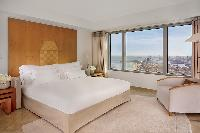 pristine bedroom linens in Arts Barcelona 3 Bedroom Penthouse luxury apartment