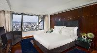 clean and crisp bedroom linens in Arts Barcelona - The Royal Penthouse luxury apartment