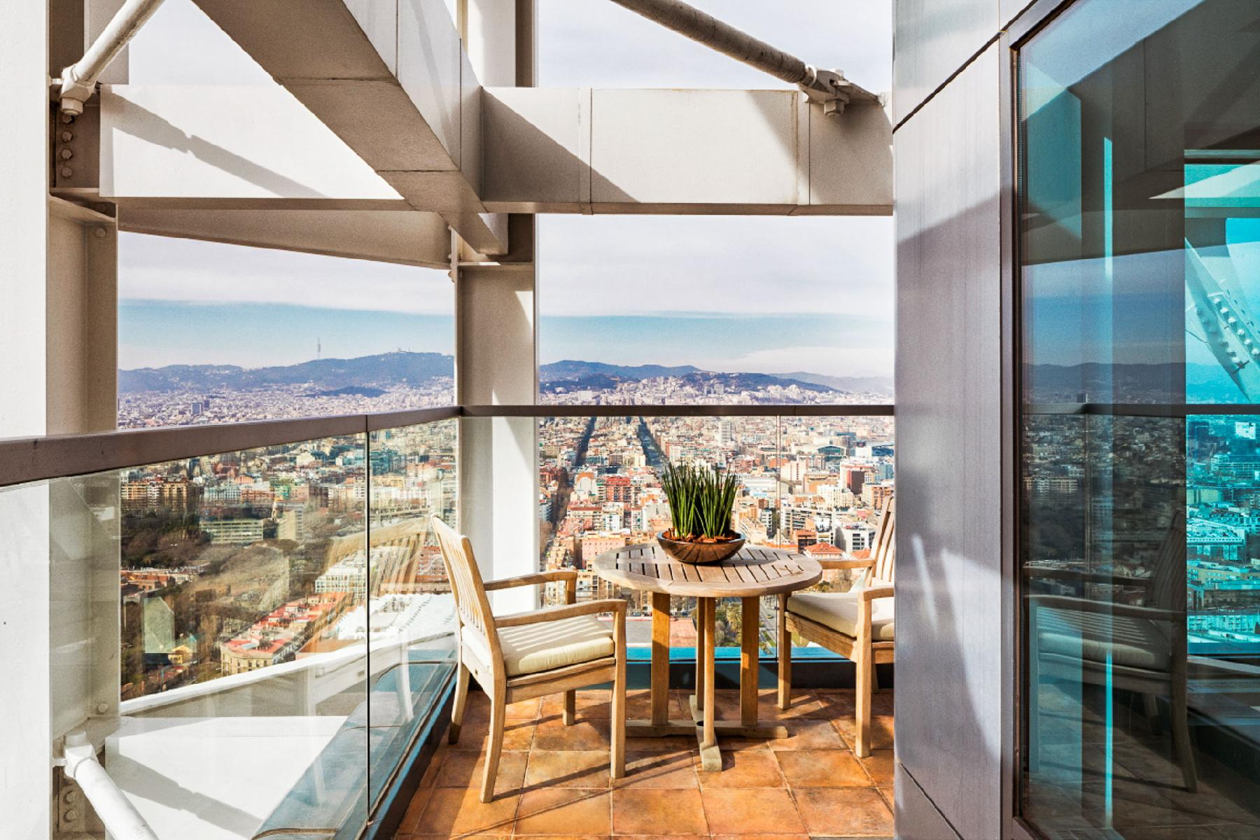 amazing Arts Barcelona - The Barcelona Penthouse luxury apartment and holiday home