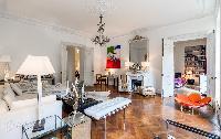 cozy Saint Germain des Prés - Luxembourg Private Garden luxury apartment