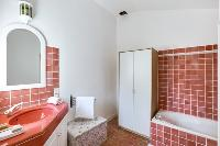 cool bathroom with tub in Cannes Villa Boulevard des Collines luxury apartment