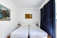 fresh and clean bedding in Cannes Villa Boulevard des Collines luxury apartment