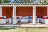 splendid patio of Cannes Villa Boulevard des Collines luxury apartment