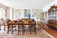 exquisite dining room of Cannes Villa Boulevard des Collines luxury apartment