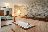 elegant bathroom with tub in Corsica - Villa Daria luxury apartment
