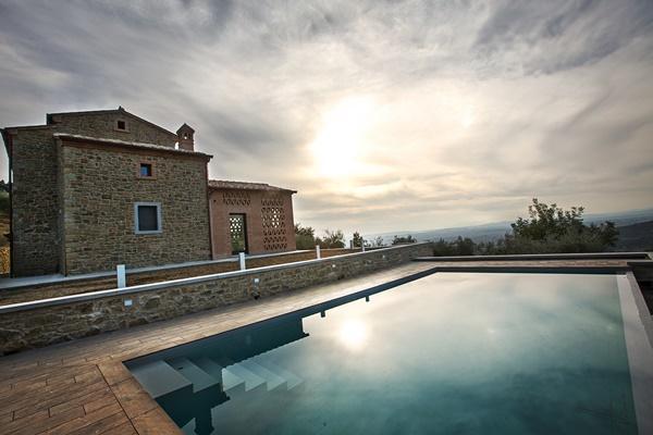 incredible swimming pool of Tuscany - Villa Fonte al Vento luxury apartment
